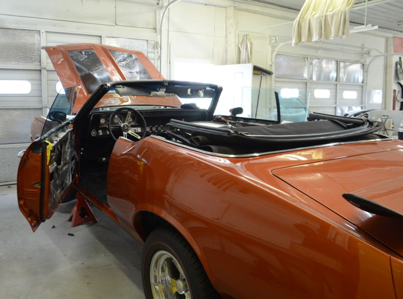 Pontiac 442 in the shop